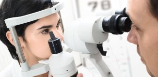 average optometrist salary