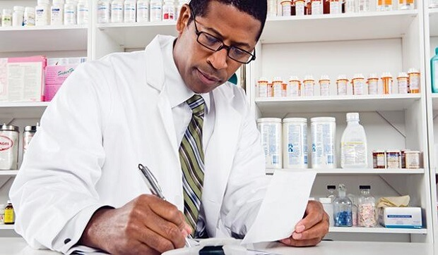 what is the average pharmacist salary